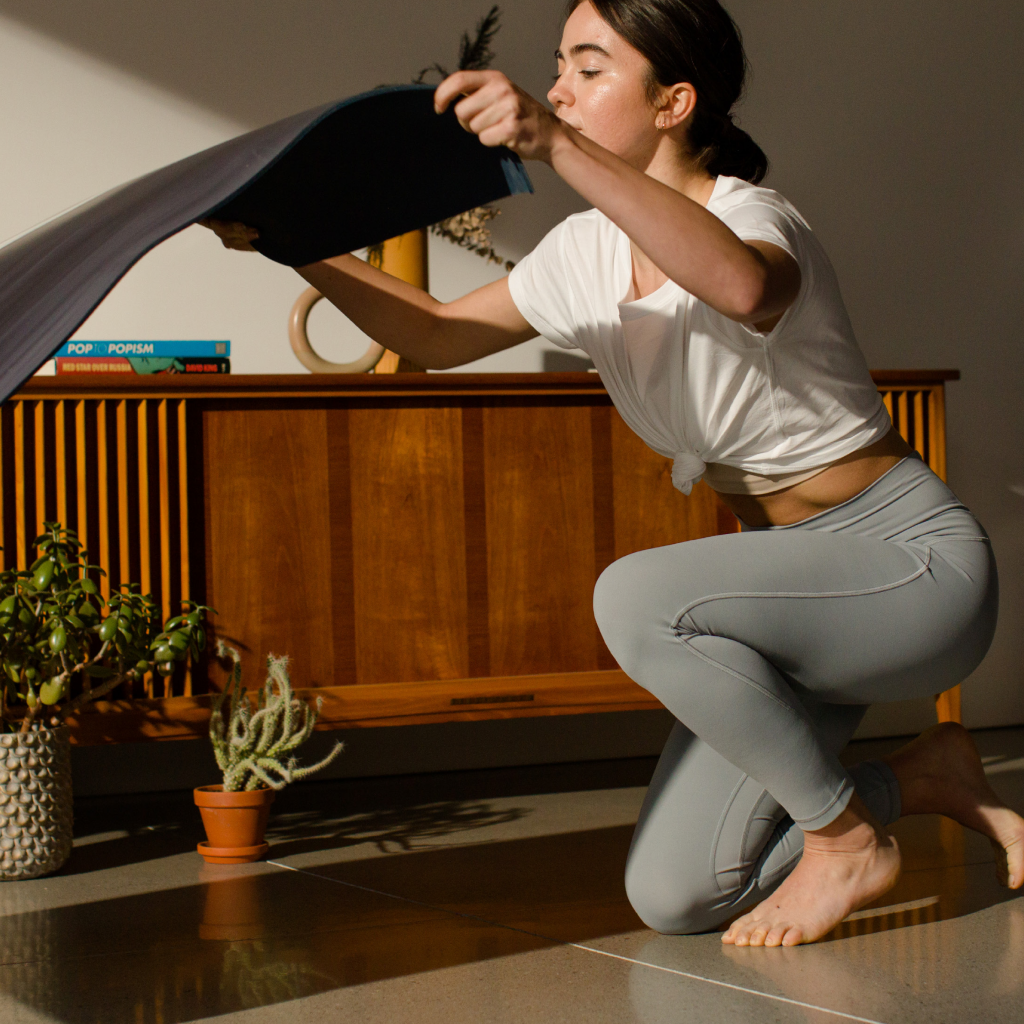 monday creative highlights how to capture movement in photography with lululemon technical apparel photoshoot